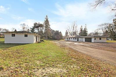 Benzie County, Charlevoix County, Clare County, Emmet County, Grand Traverse County, Kalkaska County, Lake County, Leelanau County, Manistee County, Mason County, Missaukee County, Osceola County, Roscommon County, Wexford County Single Family Home For Sale: 201 S Staffon Street