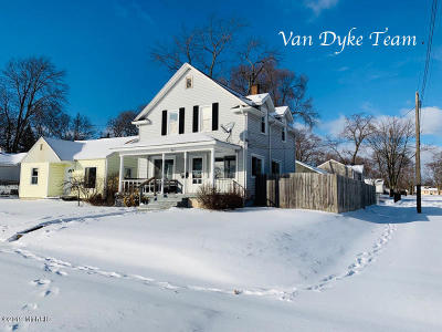 Wyoming Single Family Home For Sale: 901 35th Street SW