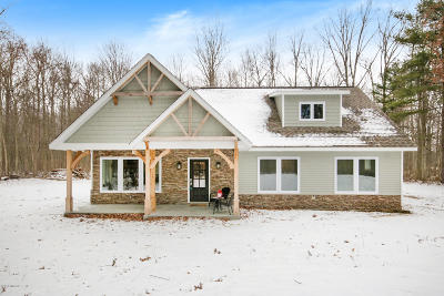 Fennville Single Family Home For Sale: 5459 Liland Trace