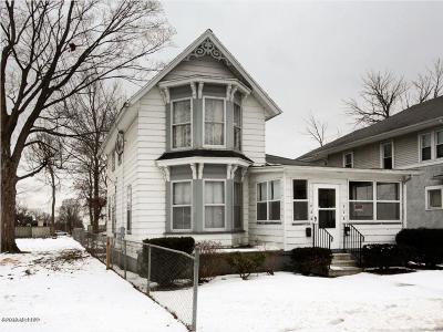 Multi Family Home For Sale: 218-220 Calhoun Street