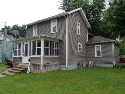 Albion Single Family Home For Sale: 923 Burr Oak Street