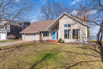 Portage Single Family Home For Sale: 2651 Woody Noll Drive