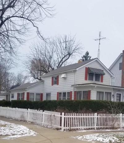 St. Joseph Single Family Home For Sale: 1520 Forres Avenue