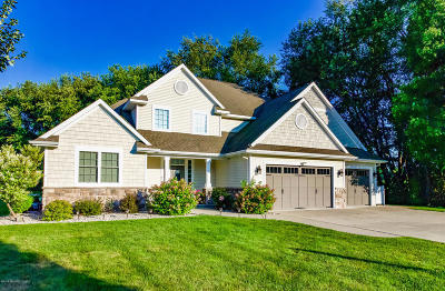 Portage Single Family Home For Sale: 10693 Bear Lake Trail