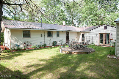 Mecosta County Single Family Home For Sale: 17815 Old Logging Road
