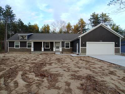 Twin Lake Single Family Home For Sale: 6730 Blue Lake Road