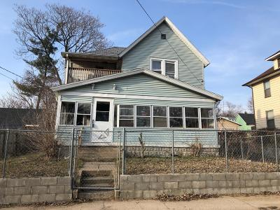 Grand Rapids Multi Family Home For Sale: 413 Howard Street SE