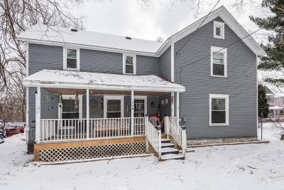 Allegan County Single Family Home For Sale: 466 N Main Street