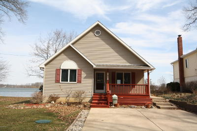 Barry County Single Family Home For Sale: 11257 Oak Drive