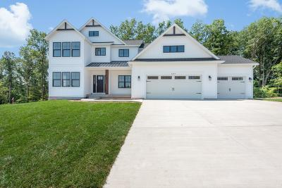 Rockford Single Family Home For Sale: 8914 Sterling Hills Drive NE #21A