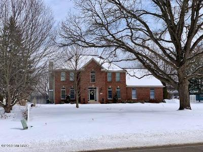 Jenison Single Family Home For Sale: 8446 24th Avenue