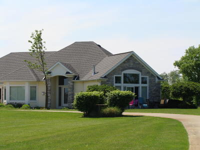 Coldwater Single Family Home For Sale: 518 Idlewild Beach