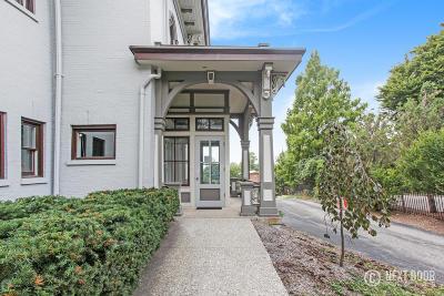 Condo/Townhouse For Sale: 44 Lafayette Avenue NE #3