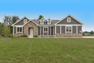 Stanwood Single Family Home For Sale: 11413 Hampton Court