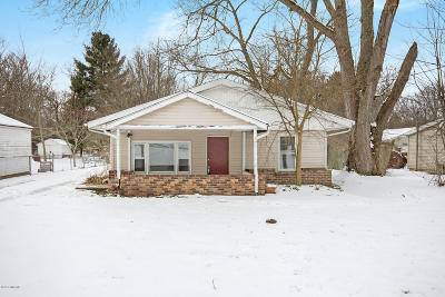 Kalamazoo Single Family Home For Sale: 5121 20th Street N