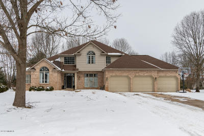 Portage Single Family Home For Sale: 4660 Brickleton Woods Drive