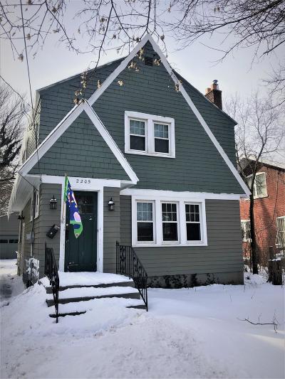 Kalamazoo Single Family Home For Sale: 2205 W Main Street