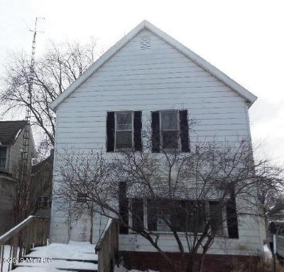 Watervliet Single Family Home For Auction: 223 W Saint Joseph Street