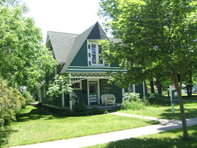Montague Single Family Home For Sale: 8710 Sheridan Street