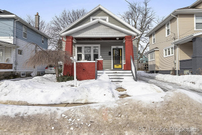 Grand Rapids Single Family Home For Sale: 941 Garfield Avenue NW