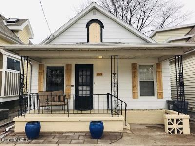 St. Joseph Single Family Home For Sale: 1024&1012 Lake Boulevard