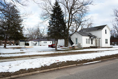 Mecosta County Single Family Home For Sale: 402 Second Avenue