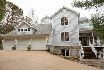 Stevensville Single Family Home For Sale: 3042 Sundance Path