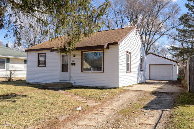 Calhoun County Single Family Home For Sale: 232 N Woodlawn Ave Avenue