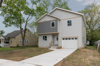 Single Family Home For Sale: 4412 Rhodes Avenue SW