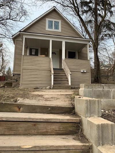Grand Rapids MI Single Family Home For Sale: $119,900