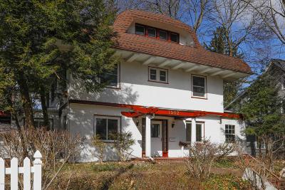 Kalamazoo Single Family Home For Sale: 1562 Spruce Drive