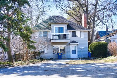 Grand Rapids Multi Family Home For Sale: 221 Sunset Avenue NW