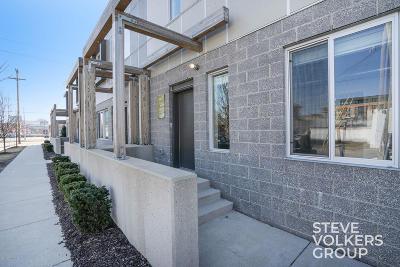Condo/Townhouse For Sale: 600 Douglas St NW #612D