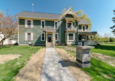 Rockford Single Family Home For Sale: 10393 Ramsdell Drive NE