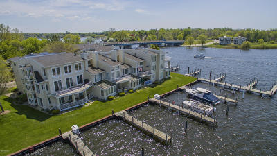 Saugatuck, Douglas Condo/Townhouse For Sale: 991 Lake Street #4
