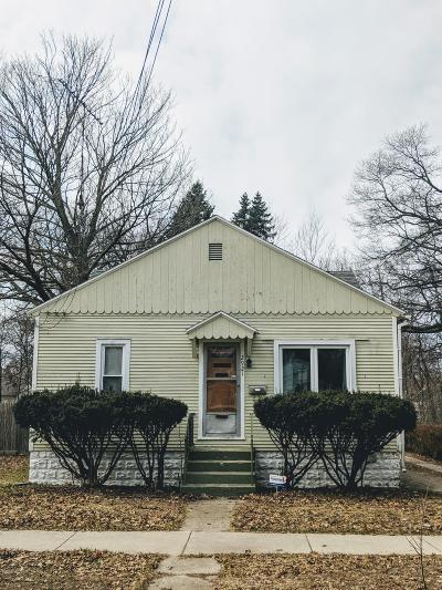 Muskegon Heights Single Family Home For Sale: 2921 Waalkes Street