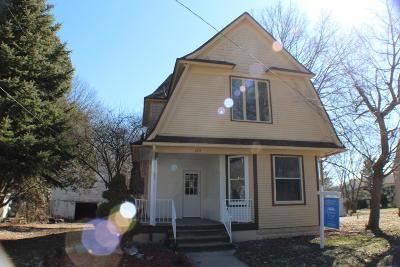 Caledonia Single Family Home For Sale: 125 S Maple Street SE