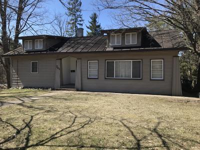 Paw Paw Single Family Home For Sale: 701 Hazen Street