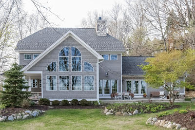 Saugatuck, Douglas Single Family Home For Sale: 6597 Heron Bay Drive