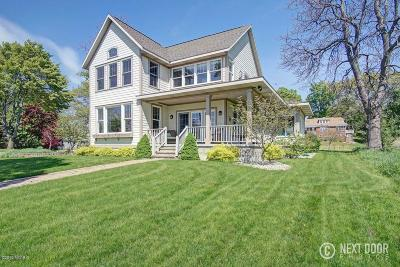 Muskegon County, Newaygo County, Oceana County, Ottawa County Single Family Home For Sale: 1301 S Lake Street