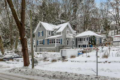 Grand Haven, Spring Lake Single Family Home For Sale: 941 Lake Avenue