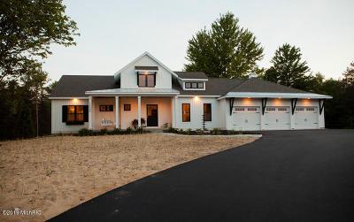 Spring Lake Single Family Home For Sale: Long Leaf Lane
