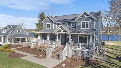 Grand Haven Single Family Home For Sale: 11681 Van Lopik Avenue