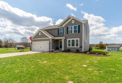 Middleville Single Family Home For Sale: 1221 Crystal Way Court