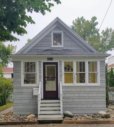 St. Joseph Single Family Home For Sale: 814 Lions Park Drive