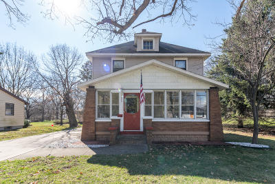Grandville Single Family Home For Sale: 3053 Locke Avenue SW