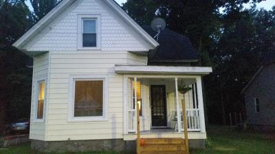Cass County Single Family Home For Sale: 436 E Division Street