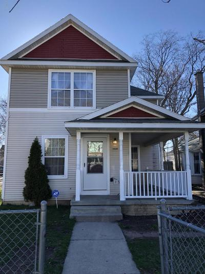 Grand Rapids Single Family Home For Sale: 1039 Cass Avenue SE