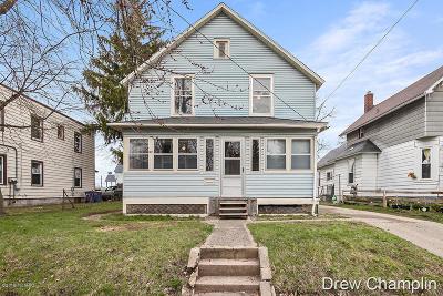 Grand Rapids Single Family Home For Sale: 307 Dickinson Street SE