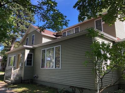 St. Joseph Single Family Home For Sale: 803 Court Street
